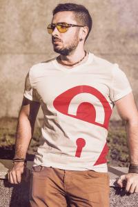 t-shirt-guy
